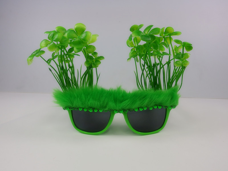 St. Patrick Party Favor Sharmrock Eye Glasses
